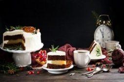 ukrasit_novogodnij_tort